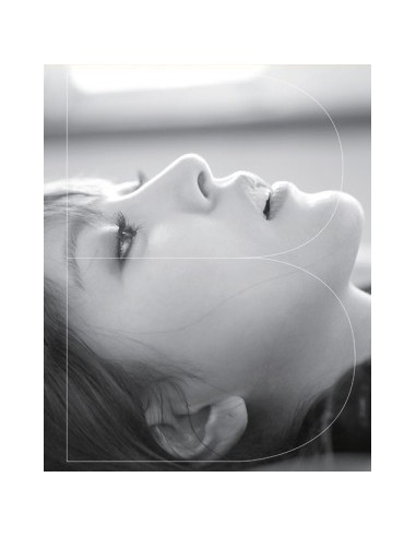 BoA 7th Album Vol 7 - Only One (LIMITED Edition) CD + Giant Size photobook +Poster