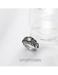 [BE101] Kikwang/B4 Style Cubic hearts Ring