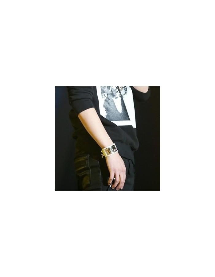 [BS03] BTS Style Golden Stud Bracelet