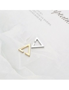 [BS01] BTS Style Simple Triangle Ear Cuff