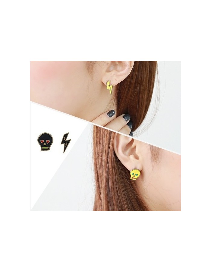 [AS167] Skull Lightning Earring