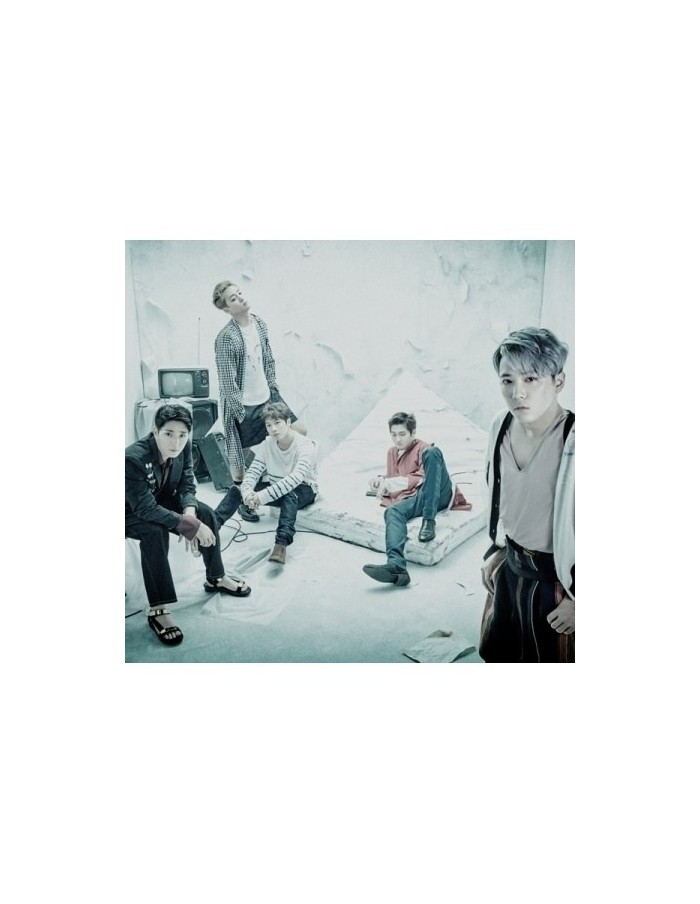 FTISLAND 6th Album - WHERE'S THE TRUTH? FALSE Ver. B CD + Poster