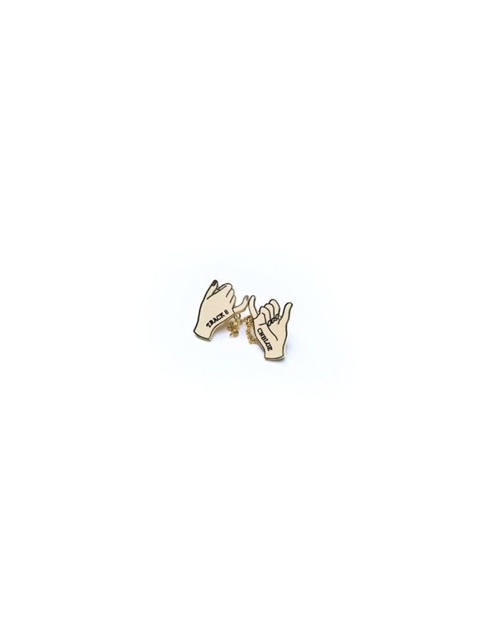"""HAND CHAIN BADGE : CNBLUE 8th Anniversary Fanmeeting """"TRACK 8"""" Goods"""