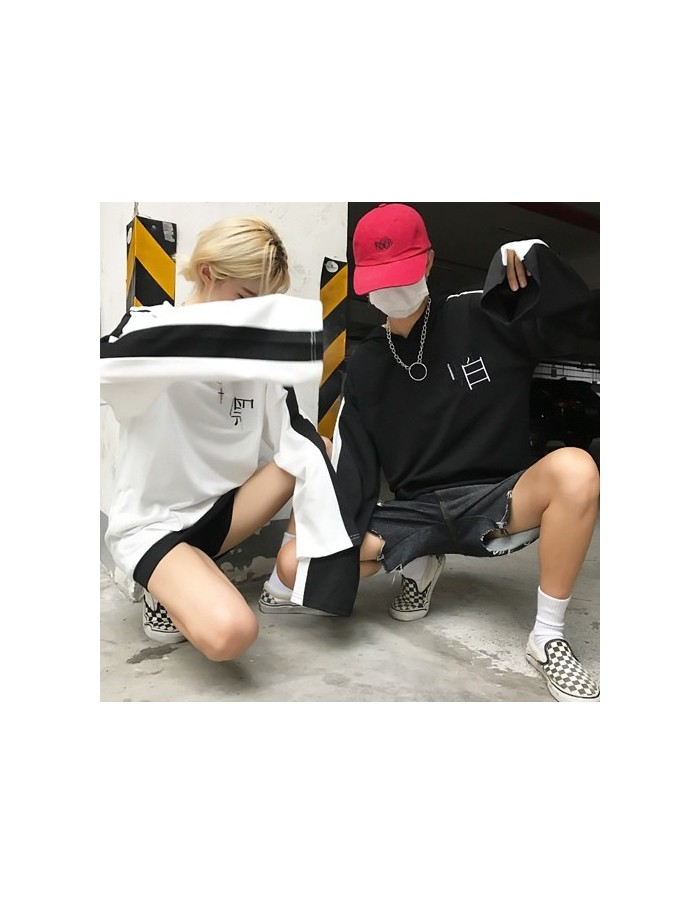 [H99] Black or White Neddlepoint Hoodie