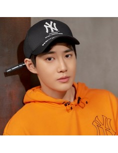 EXO X MLB New Crew - Cool Field Street Calligraphy Curve Control Cap Black